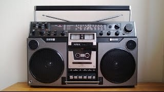 Repeat youtube video Reli's Ghettoblasters: Aiwa TPR-950 vintage boombox slingin' some dubstep