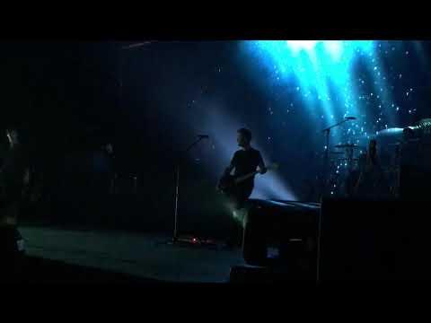 Shawn Mendes -  Use Somebody (Illuminate Tour Hong Kong 13/12)