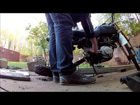 Lifan GY200 /125 3A Rear wheel & swing arm removal