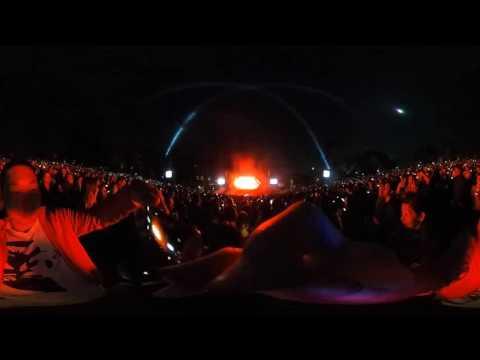 Kygo firestorm in vr Hollywood bowl