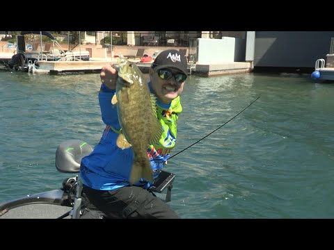 Fishing With Johnny Johnson - Jerk-baits On The Colorado River