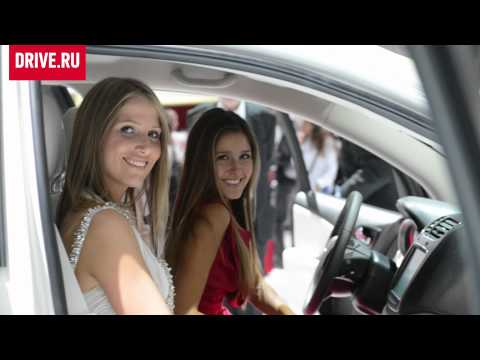Girls of Paris Motorshow 2012