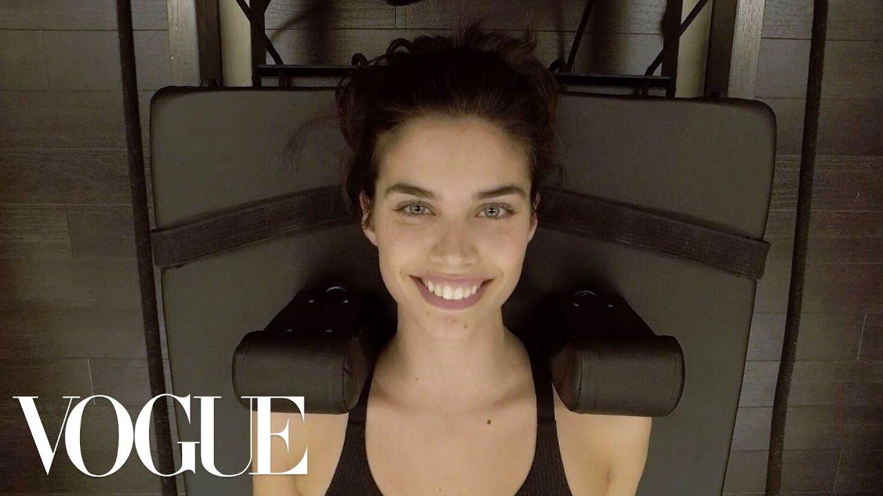 Model Sara Sampaio's Pre-Victoria's Secret Show Workout