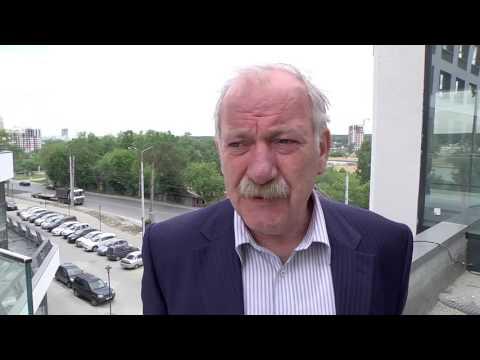 Евгений Липович прокомментировал ремонт дорог в Чкаловском районе