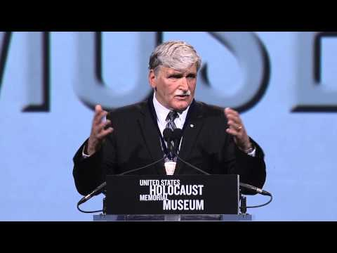 General Roméo Dallaire Accepts Museum's Elie Wiesel Award
