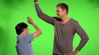 "Thumb Wars Outtakes - Webisode 1: Ken & Joel Say ""Do Something"""