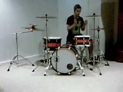 Chris Wright, On New Dark Horse kit *messing around*