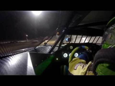 9/2/2016 Gillette Thunder Speedway heat race (inside)