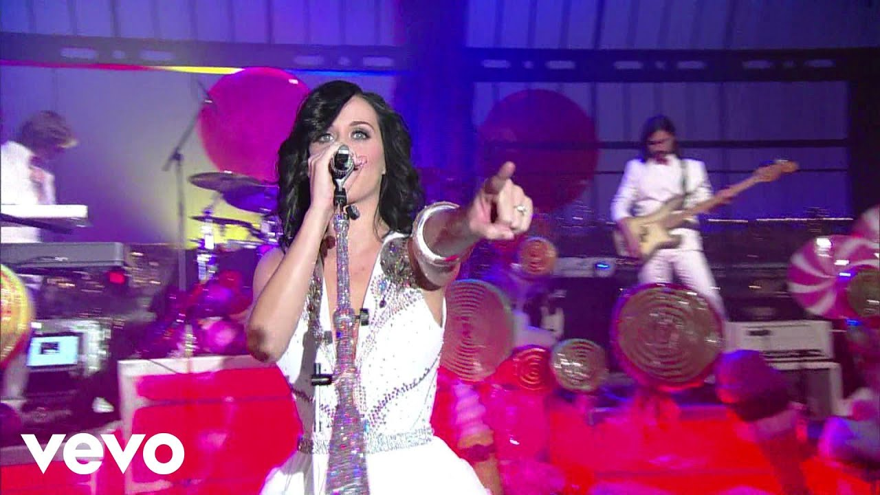 katy-perry-hot-n-cold-live-on-letterman-katyperryvevo