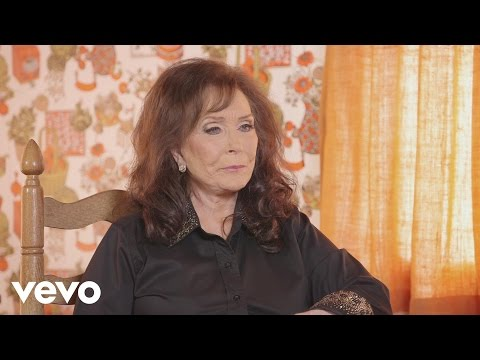 Loretta Lynn - Meeting Willie Nelson