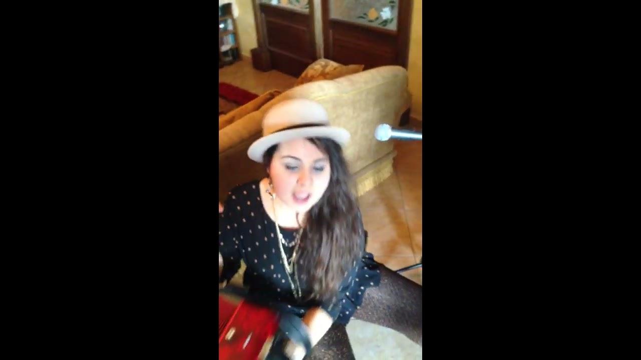 Chandelier Sia // Sabrina Pesce - YouTube
