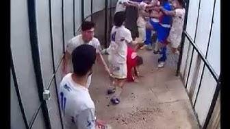 Rissa tra giocatori negli spogliatoi al termine della partita Vittoria-Paternò