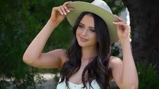 Jess Conte x imPRESS® Press-On Manicure in style Byron Bay