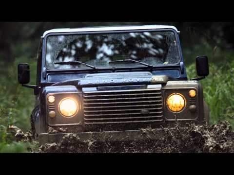 2013 Land Rover Defender Photos