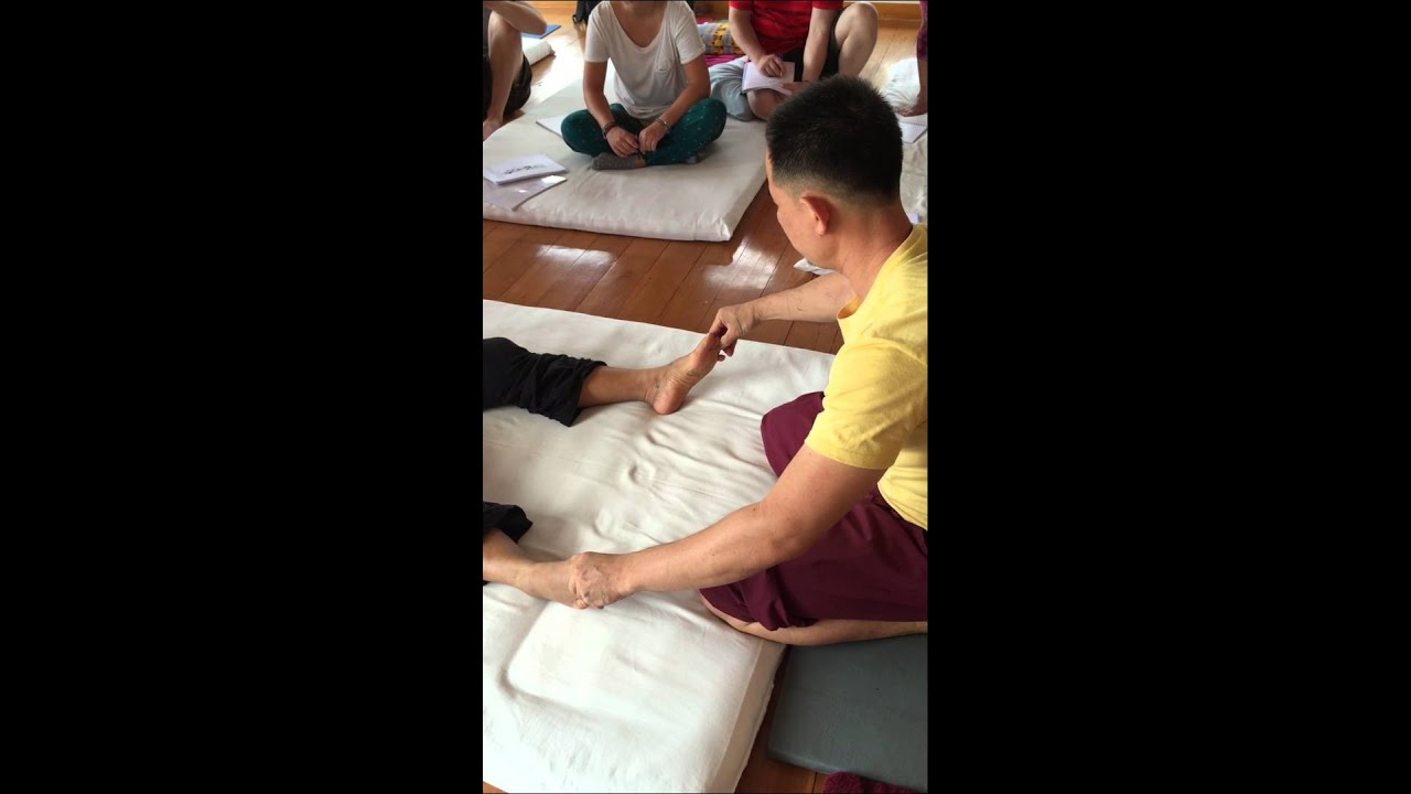 Traditional Thai Massage with Suriyan: Day 1 - YouTube