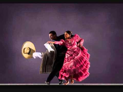 Bailando para mi y despues el trio - 3 8