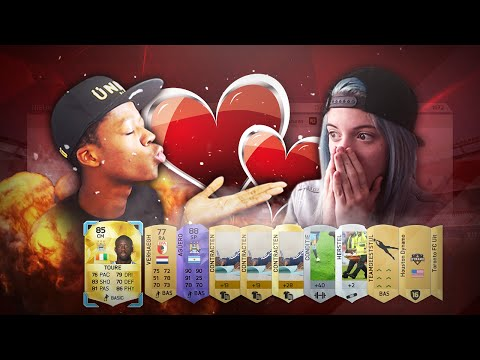 FIFA 16 PACK OPENING WITH A GIRL - AMAZING PACK !!