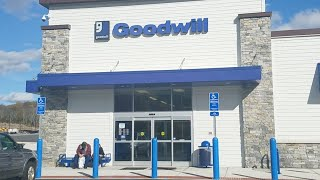 GOODWILL SHOPPING LIVE! Thrifting For Ebay And Amazon