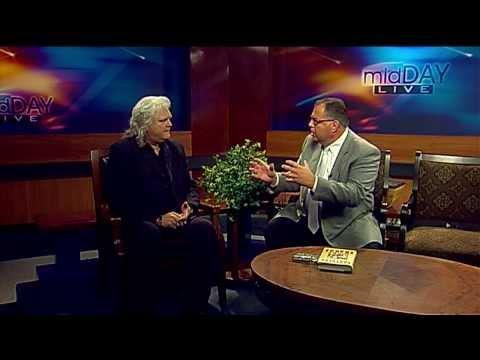 Chris Allen talks with Ricky Skaggs