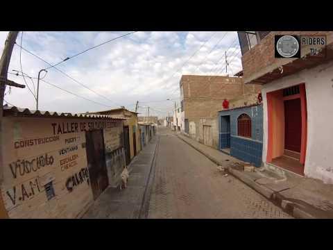 Recorriendo las calles de chicama(puerto malabrigo) Perú