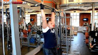 Пресс на турнике. Косые мышцы #2 | Видеоурок.(Упражнение на пресс: боковые подъемы ног в висе на турнике. В этом упражнении активно задействованы косые..., 2015-10-04T15:39:54.000Z)