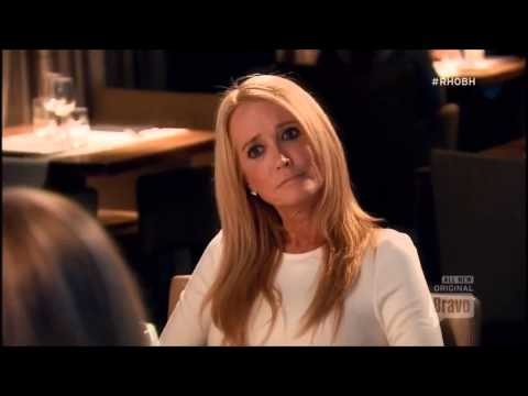 Kim Richards vs Lisa Rinna: Amsterdam dinner from hell