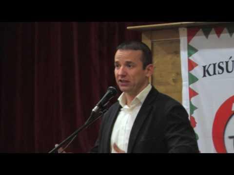Lakossági fórum Kisújszálláson 2016 decemberében Toroczkai László előadása