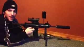 (Airsoft) Gun explodes into fireball burning face