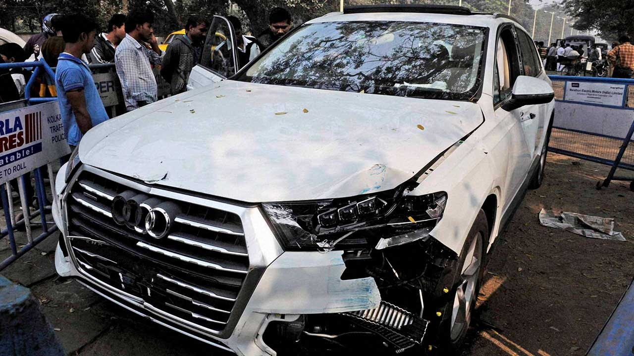 Audi Car Accident In Chennai