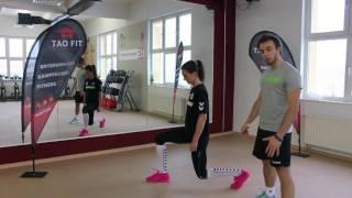 Fit mit den DSC Volleyball Damen: Split Squad Jumps