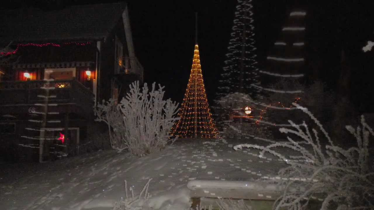 FLAG POLE CHRISTMAS TREE from Montejaur - YouTube