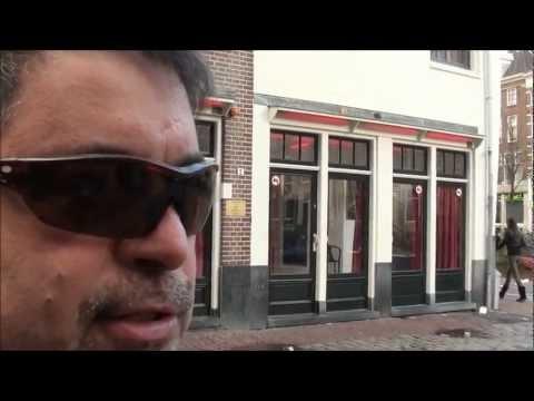 Ricardo Lira no Distrito da Luz Vermelha, em Amsterdam (jan/2013)
