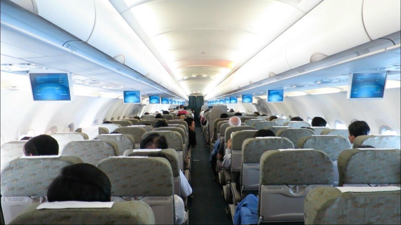 Vietnam Airlines R Class