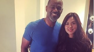 Video Raisa Nangis Saat Duet Bareng Brian McKnight download MP3, 3GP, MP4, WEBM, AVI, FLV Mei 2018