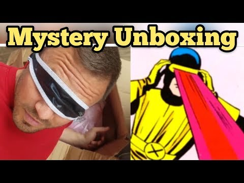 FOUND SUPER GLASSES I Bought Abandoned Storage Unit Locker / Opening Mystery Boxes Storage Wars