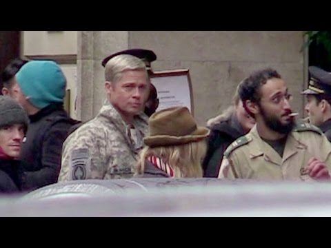 EXCLUSIVE - Brad Pitt on the set of his upcoming movie, War Machine, in Paris