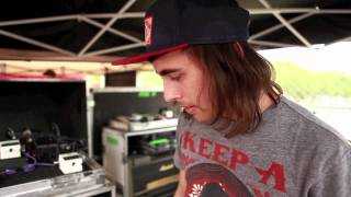 Pierce The Veil - Show Me Your Gear