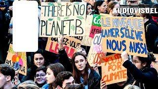 A Paris (75) Manifestation Mondiale Pour Le Climat - Des Milliers De Jeunes Dans La Rue - 15/03/19