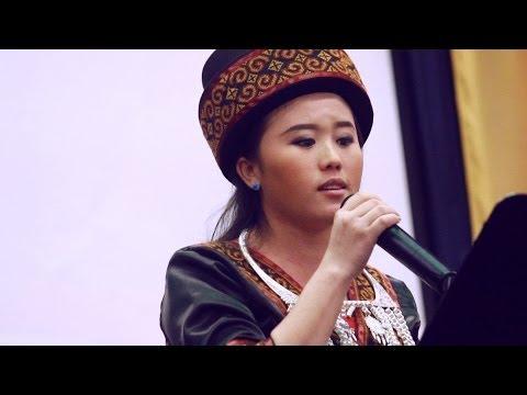 """Niam Jim Xiong - """"Nimno Peb Muaj Kev Cia Siab"""" @ Sacramento Hmong Alliance Church"""