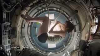 Sandra Bullock - Gravity- The best scene-