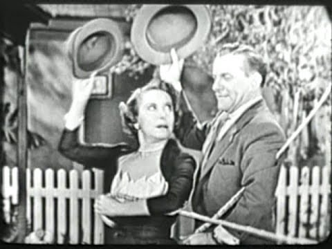 George Burns & Gracie Allen Show S2E16 Interview for a movie (Apr 10, 1952)