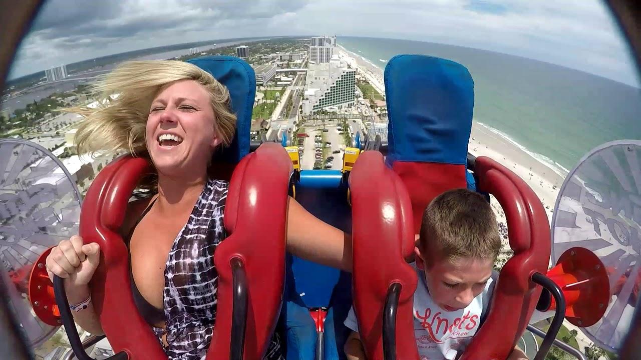 amusement-park-boob-flash