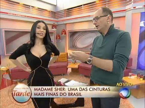 Cinturinha De Pilão: Conheça A Mulher Que Tem Uma Das Cinturas Mais Finas Do Brasil