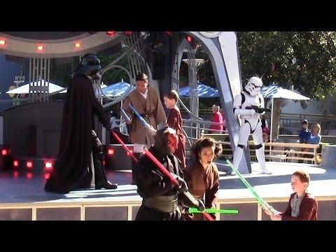 Star Wars Jedi Training Academy at Disneyland (Full Show)
