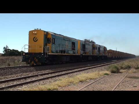 Triple K Class on Ballast Train at Nantawarra