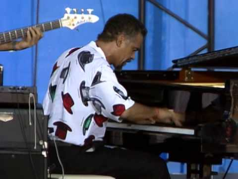 The Crusaders - Carmel - 8/15/1987 - Newport Jazz Festival (Official)