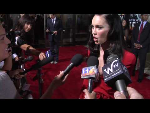 Megan Fox in Giorgio Armani Privé attends the