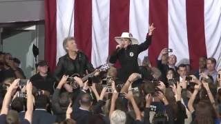 lady gaga and jon bon jovi sing livin on a prayer at final campaign rally full video