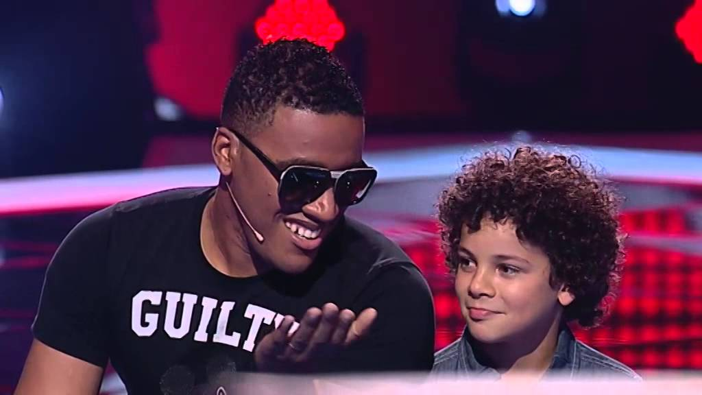 jos moreira 39 all of me 39 john legend the voice kids doovi. Black Bedroom Furniture Sets. Home Design Ideas