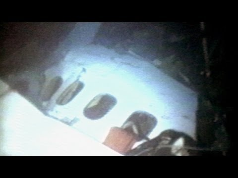 MH370 PLANE WRECKAGE FOUND Malaysia Airlines Flight 370 Located Under Water Crash Site Bay Of Bengal
